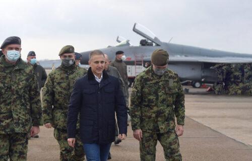 Ministar odbrane Nebojša Stefanović za Objektiv: Zašto je važno da se vrati obavezno služenje vojnog roka