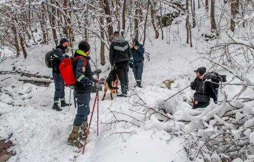 Za deset dana nestala DVA MUŠKARCA! Sneg otežava potragu u ovoj srpskoj opštini