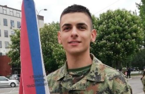Ovo je mladić koji je ZADIVIO ministra Stefanovića: Kadet Tošić je ponos Srbije