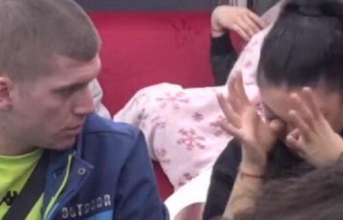 Čorba Maji rekao da je PSIHO, Tomović je dokusurio: Nerazumna devojko, trčiš za POLNIM organima (VIDEO)