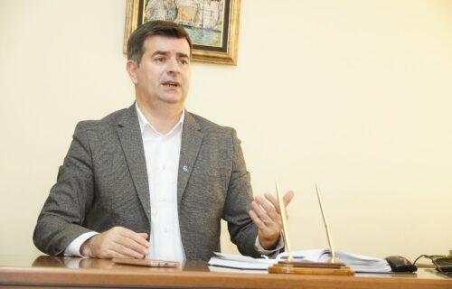 """""""NOKAUTIRALI smo antivaksere"""": Dr Đerlek ODUŠEVLJEN Vučićevom idejom o novčanoj pomoći vakcinisanima"""