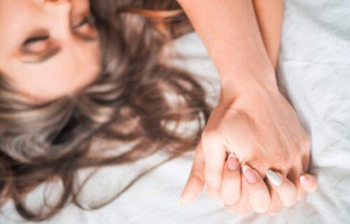 Nađa PRIZNALA o čemu žene najčešće LAŽU u krevetu, a nikako im ne ide u korist