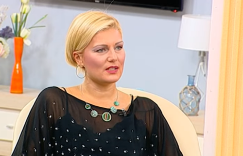 Mika primeti kad rastu GRUDI: Voditeljka UŽIVO u emisiji pričala o zlostavljanju i Veljku Ražnatoviću