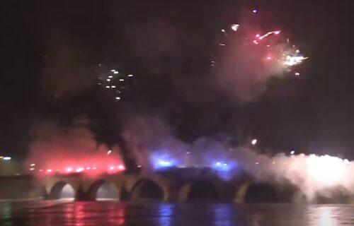 """Gorelo je sa one strane Drine, goreo je Višegrad: Ovako su """"delije"""" proslavile rođendan Republike Srpske!"""