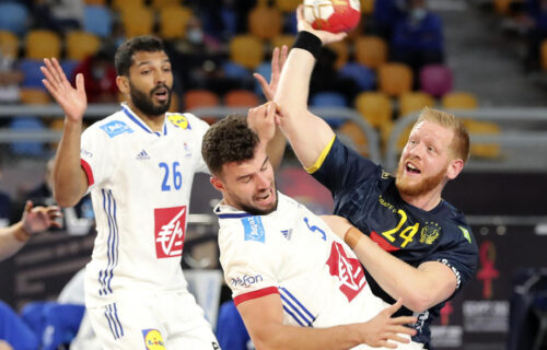 Nadigrali iskusnije Francuze: Rukometaši Švedske izborili šansu da peti put postanu prvaci sveta (FOTO)