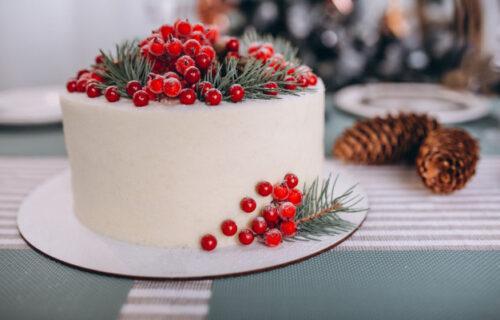 Gotova za samo 15 MINUTA: Bela HUANITA će postati vaša omiljena torta (RECEPT)