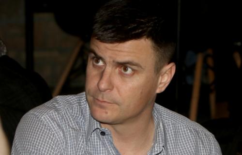 """Da li ste ga PREPOZNALI? Vuk Kostić se TRANSFORMISAO za ulogu u filmu """"Dara iz Jasenovca"""" (FOTO)"""