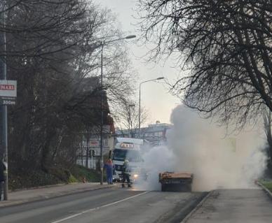 Pogledajte šta je ostalo od ZAPALJENOG vozila na Zvezdari: Vatrogasci se izborili sa požarom (FOTO)