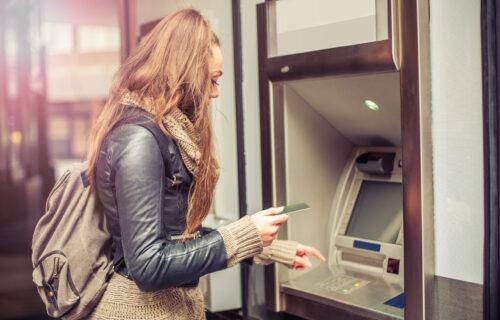 Greškom joj iz banke leglo 120 MILIONA dinara na račun: Brzo prebacila pare, ali na ovo nije računala