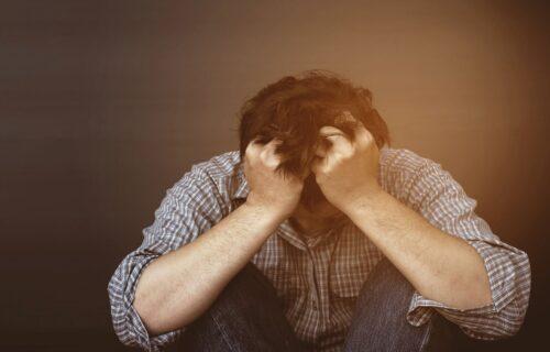 Tehnika 5-4-3-2-1: Blokira depresiju, anksioznost i negativne misli