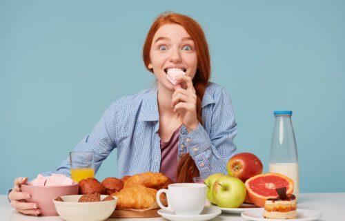 Jabuke sa senfom, pomfrit sa sladoledom: Ljudi su podelili NAJNEVEROVATNIJE KOMBINACIJE koje vole da jedu