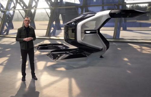 Nije ružičast, ali leti: Futuristički Cadillac stiže uskoro (VIDEO)