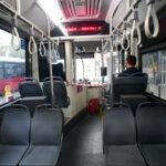 Beograđane ZGROZIO prizor u autobusu, svi gledaju u jedno SEDIŠTE: Da li ovako i kod kuće ostavi? (FOTO)
