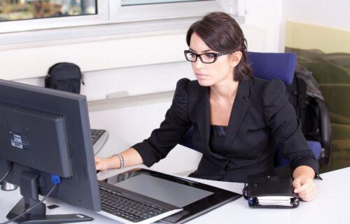 Sindrom kompjuterskog vida: Šta se dešava sa očima posle 3 sata gledanja u ekran