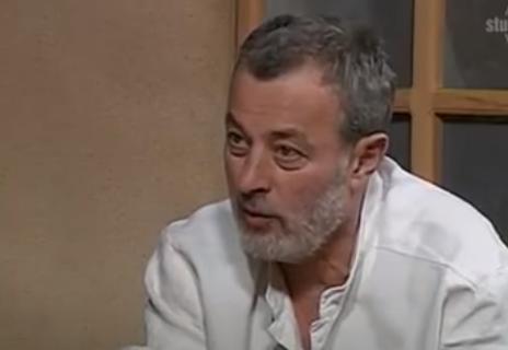 Mika Aleksić SILOVAO čuvenog srpskog glumca! Režiser nije zlostavljao samo devojčice