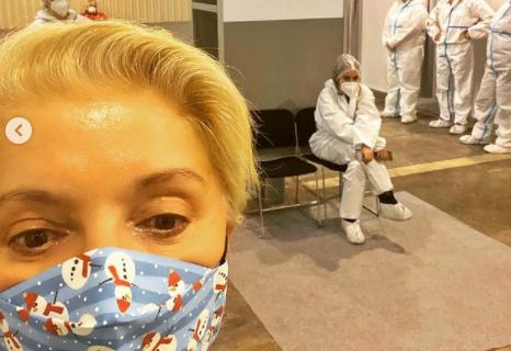 Mirjana Karanović primila VAKCINU na Sajmu: OVAKVO je njeno iskustvo, ništa nije sakrila! (VIDEO)