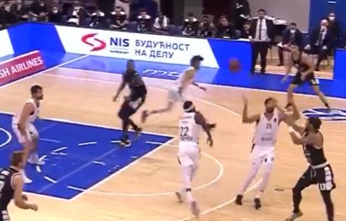 """Kakvi prvi minuti Perkinsa u dresu Partizana! Da je bilo """"grobara"""", nastao bi delirijum (VIDEO)"""
