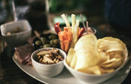 Grickajte PAMETNO! 5 hranljivih, zdravih i ukusnih grickalica