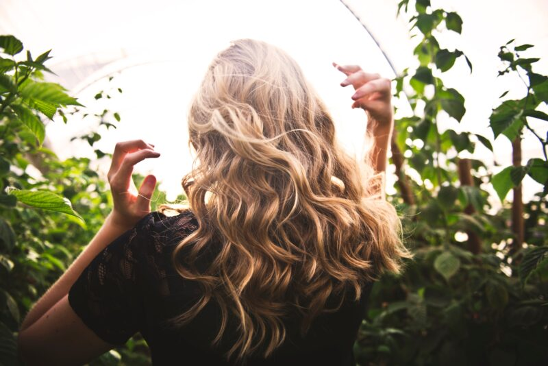 Za sjajnu i mekanu kosu: Da li ste isprobali tretman sa toplim uljima? (UPUTSTVO, KORAK PO KORAK)
