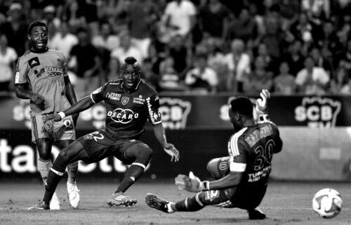 Tragedija: U 30. godini umro poznati fudbaler - slavni francuski tim se odmah oglasio!