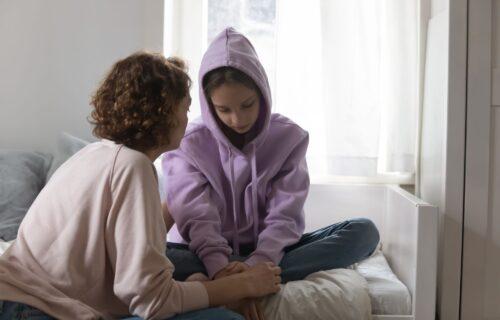 Roditelji oprez, ovo su ZNACI da je dete žrtva PREDATORA: Čak i boja GLASA može da otkrije tešku traumu