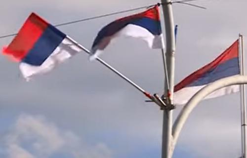Bakljada, TROBOJKE i vatromet na sve strane: Ovako Republika Srpska SLAVI svoj dan (FOTO+VIDEO)