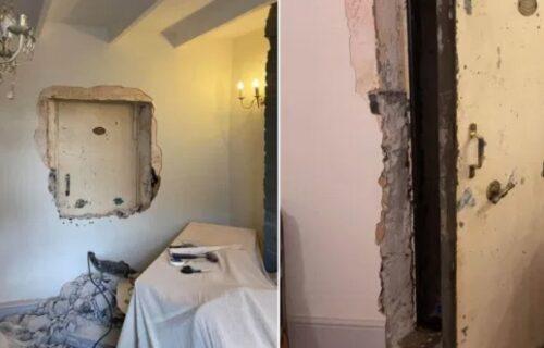 Govorio da živi u UKLETOJ kući, niko mu nije verovao, a onda je pronašao TAJNA vrata i sledio se (FOTO)