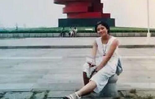 Zaprepastio se: Muž našao ženinu sliku od pre 20 godina, pa PREBLEDEO zbog jednog detalja na njoj (FOTO)