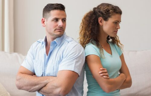 """Psiholozi predlažu: 7 genijalnih načina da """"obuzdate"""" svađu i spasite ljubavnu vezu"""