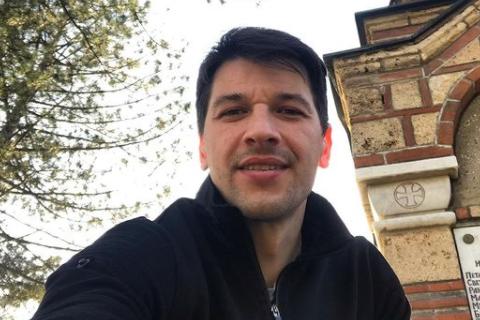 Nakon Bikovića i Đurička oglasio se i Viktor Savić povodom ZLOSTAVLJANJA koleginica: Uvek uz SESTRE!