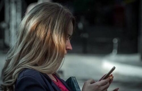 Pozvala policiju i naručila PICU: Dispečer se preznojio kad je otkrio ZAŠTO je to uradila (VIDEO)