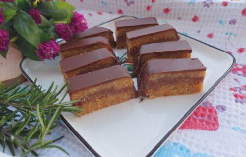 Za slatko jutro: Čokoladna poslastica sa keksom i kikirikijem (RECEPT+VIDEO)