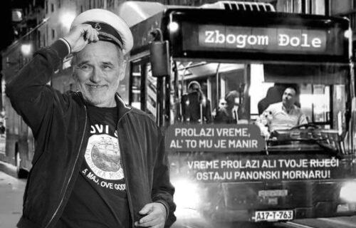 U SARAJEVU na poseban način odali počast Balaševiću: I na AUTOBUSU napisana posveta kantautoru (FOTO)