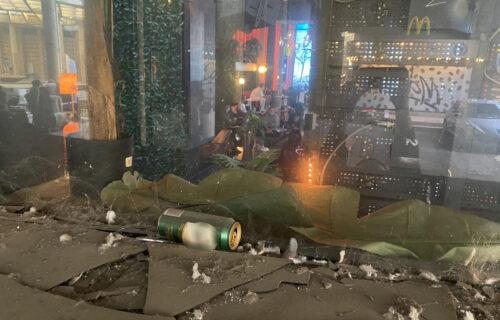 Objektiv na licu mesta: Evo kako izgleda UNUTRAŠNJOST Kasine dok policija pretresa klub (FOTO)