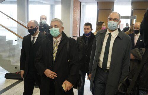 Simonoviću 4 godine i 3 meseca zatvora: Osuđen zbog podstrekavanja na paljenje novinarove kuće (FOTO)