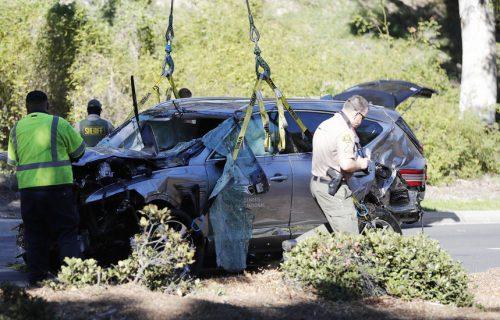 Tako banalno, a tako važno: Policija otkrila šta je spasilo život Tajgeru Vudsu!