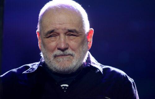 Premešten GROB Đorđa Balaševića: Ljudi nakon 40 dana primetili čudnu stvar (FOTO)