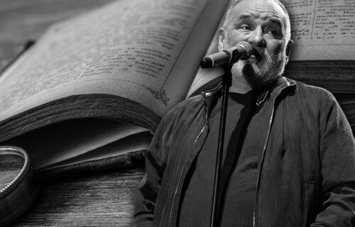Emotivno pismo MATERNJEG JEZIKA Balaševiću: Da ne bi tvojih stihova, ni sam ne bih znao koliko sam BOGAT