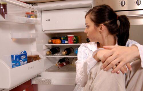 Nije svejedno! Ako mleko držite u vratima frižidera, pravite VELIKU grešku!