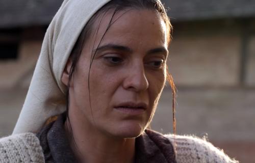 """Nikolina Friganović kroz suze o """"Dari iz Jasenovca"""": Othranila me je žena koja je preživela Jasenovac"""