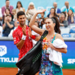 Osvanula FOTKA iz prošlosti: Novak, Jelena i Ana na jednom mestu - neprepoznatljivi