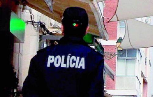 Ljubav na prvi pogled: Policajac suspendovan - umesto da uhapsi ženu na ulici, uradio je OVO (VIDEO)