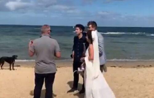 Đoković upao na venčanje u Melburnu: Mladenci nisu bili baš oduševljeni! (VIDEO)