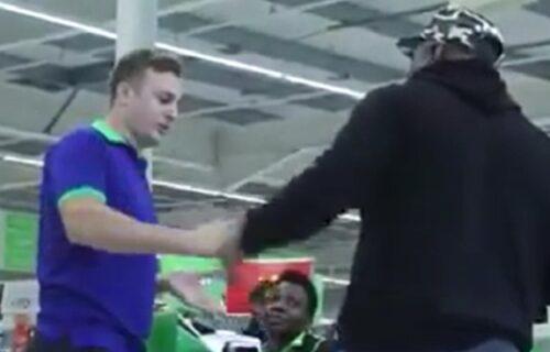 Tuča u supermarketu: Huligani se sreli kod kase, pa se posle pesničenja gađali i flašama (VIDEO)