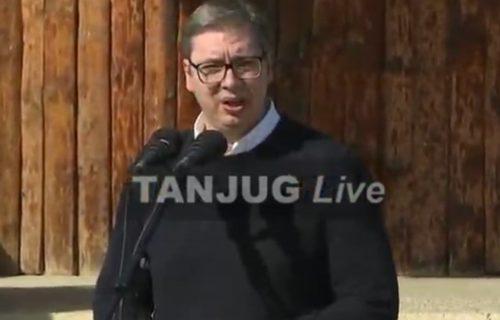 """""""Srbija je drastično napredovala"""": Predsednik Vučić o EKONOMSKOM USPONU i preporodu naše zemlje"""