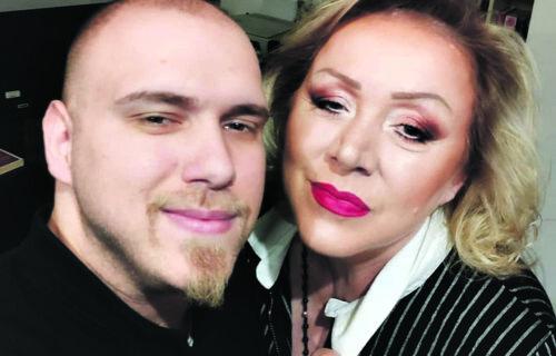 Dok njene kolege kukaju, Zorica Marković za Objektiv priznaje: Sin me IZDRŽAVA, živim kao bubreg u loju