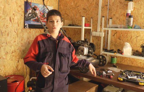 Nikola je najmlađi AUTOMEHANIČAR u Srbiji: Ima samo 13 godina, a barata znanjem kao VELIKI (FOTO)