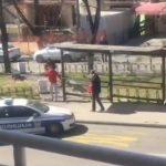 Pljačka prodavnice usred Beograda! Dva muškaraca uz pomoć policije filmski ZAUSTAVILI lopova (VIDEO)