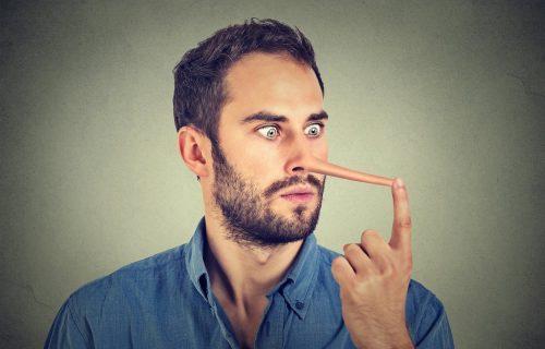 Da li je stvarno toliko lako? Advokat otkrio kako da za 5 sekundi prepoznate lažova (VIDEO)