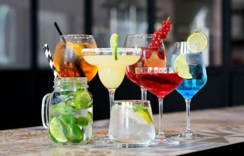Piće za svaku priliku: Šta morate da pijete kada ste umorni, mamurni ili imate grčeve u nogama?